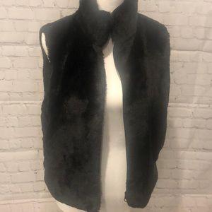 🌻Ny&Co black faux fur Black vest   Size Small